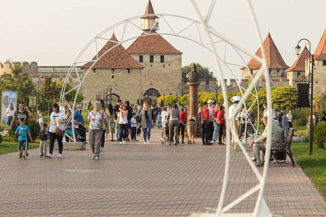 Город отпраздновал день рождения Александра Невского