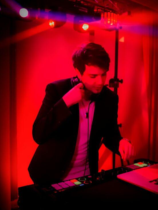 DJ Maximus in the mix :-P