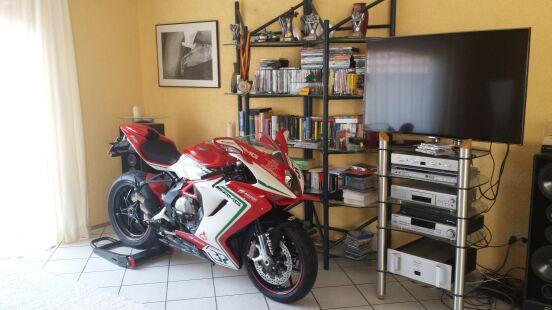 Когда очень любишь свой мотоцикл