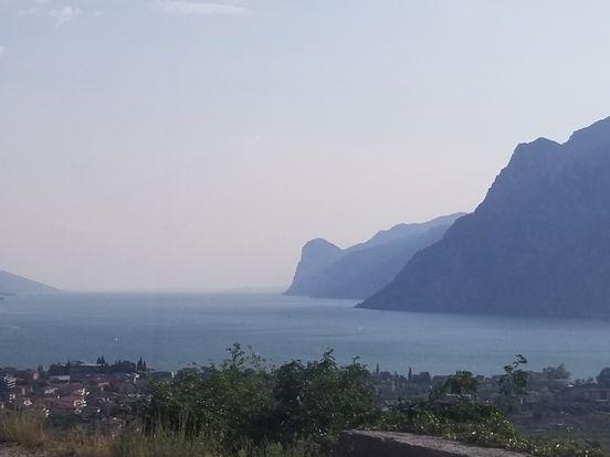 Der Gardasee (italienisch Lago di Garda)