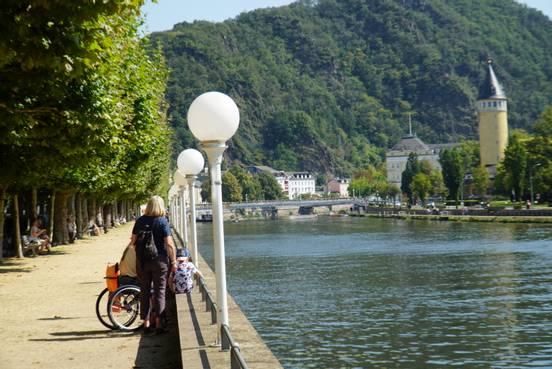 Бад Эм� на реке Лан