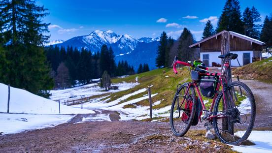 sevenpics presents - Snow bike weekend in the mountains