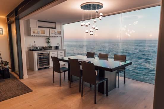 sevenpics presents - Malibu - Blick aus dem Wohnzimmer