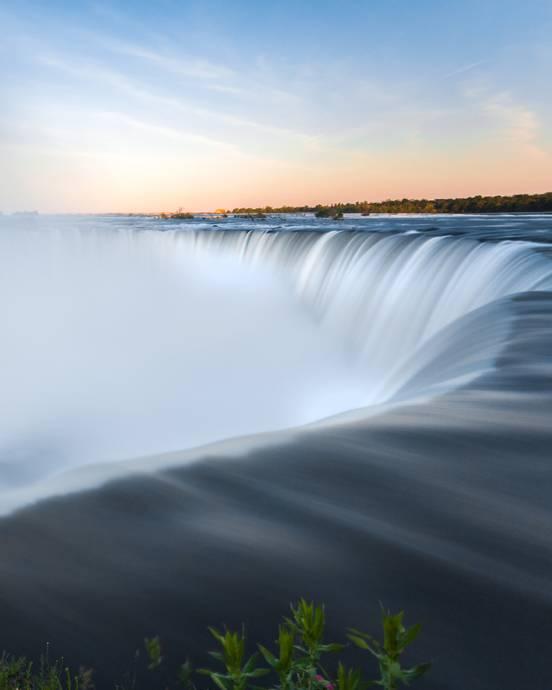 sevenpics presents -  Why you should visit Niagara Falls