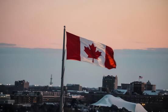 sevenpics presents - Tourism and Entertainment in Canada