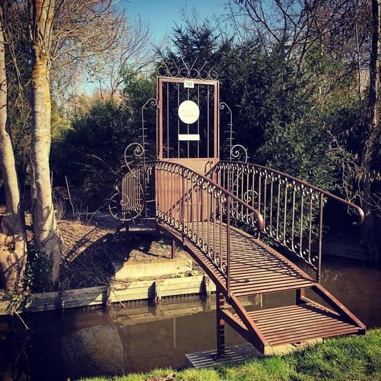 sevenpics presents - La collection des ponts privés