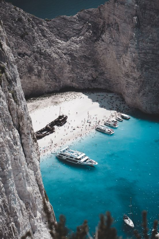 sevenpics presents - Essential Places to Visit in Greece