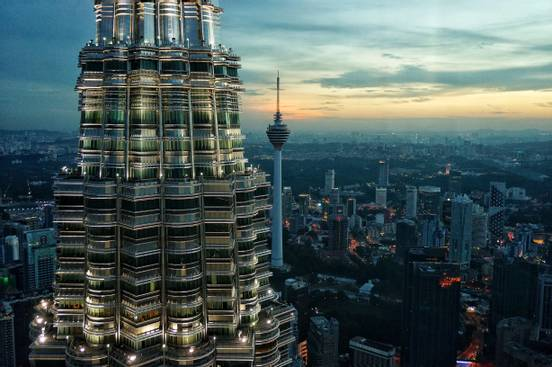 sevenpics presents - Малайзия