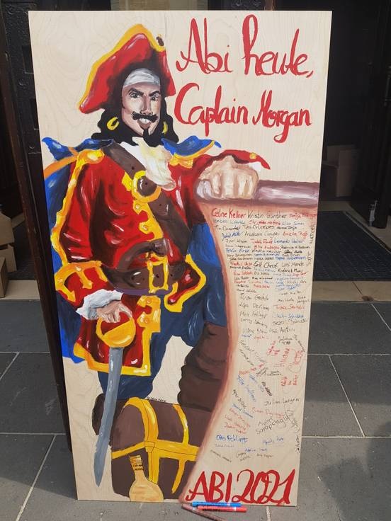 sevenpics presents - Abi Heute , Captain Morgan