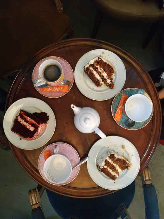 sevenpics presents - Чудесное кафе Alice в Барселоне