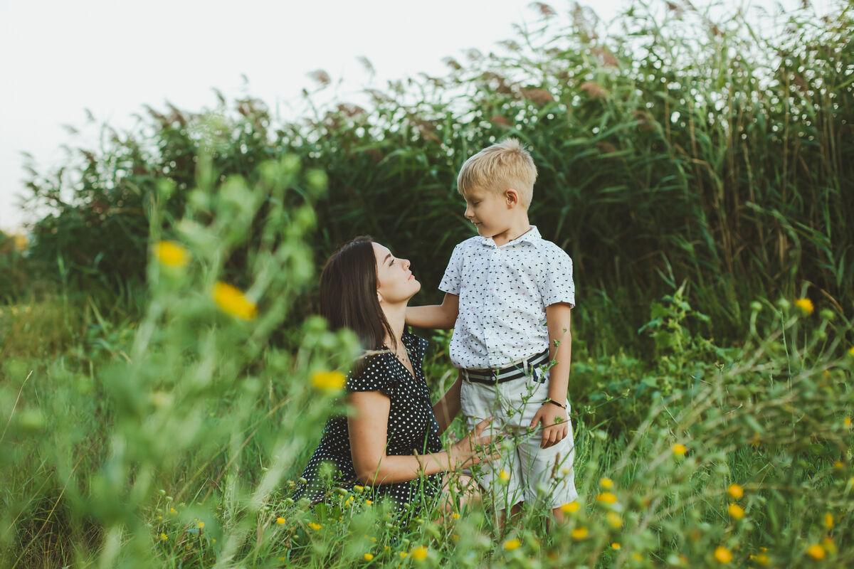 Мама и сын. Моменты вместе.