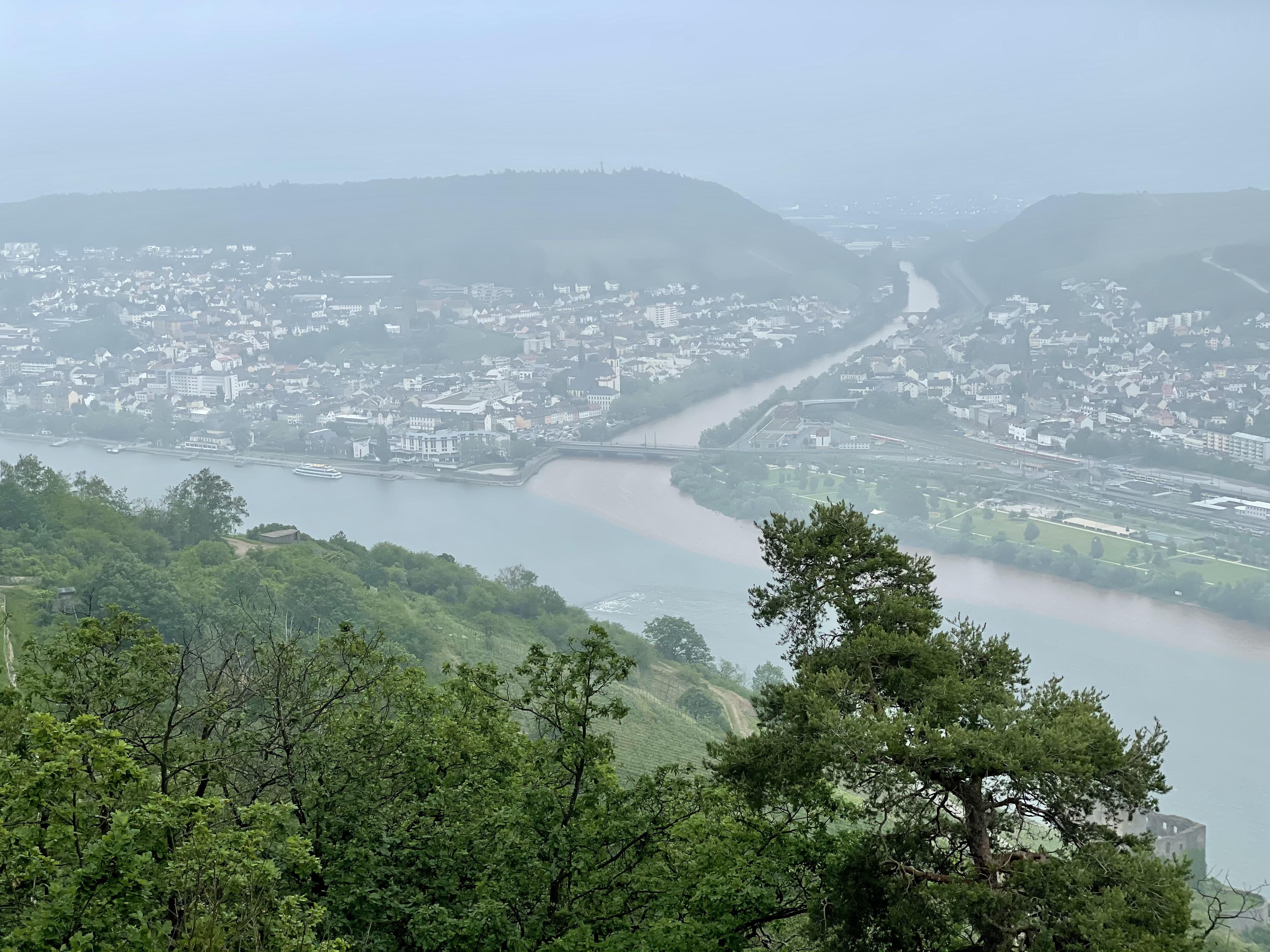 Река Наэ впадает в Рейн