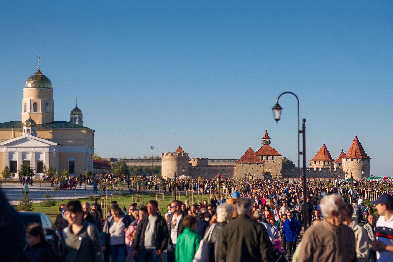 У нашего города сегодня праздник - День Города!