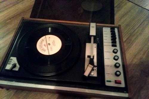 sevenpics presents - Раніше музичний програвач це була гарна річ.