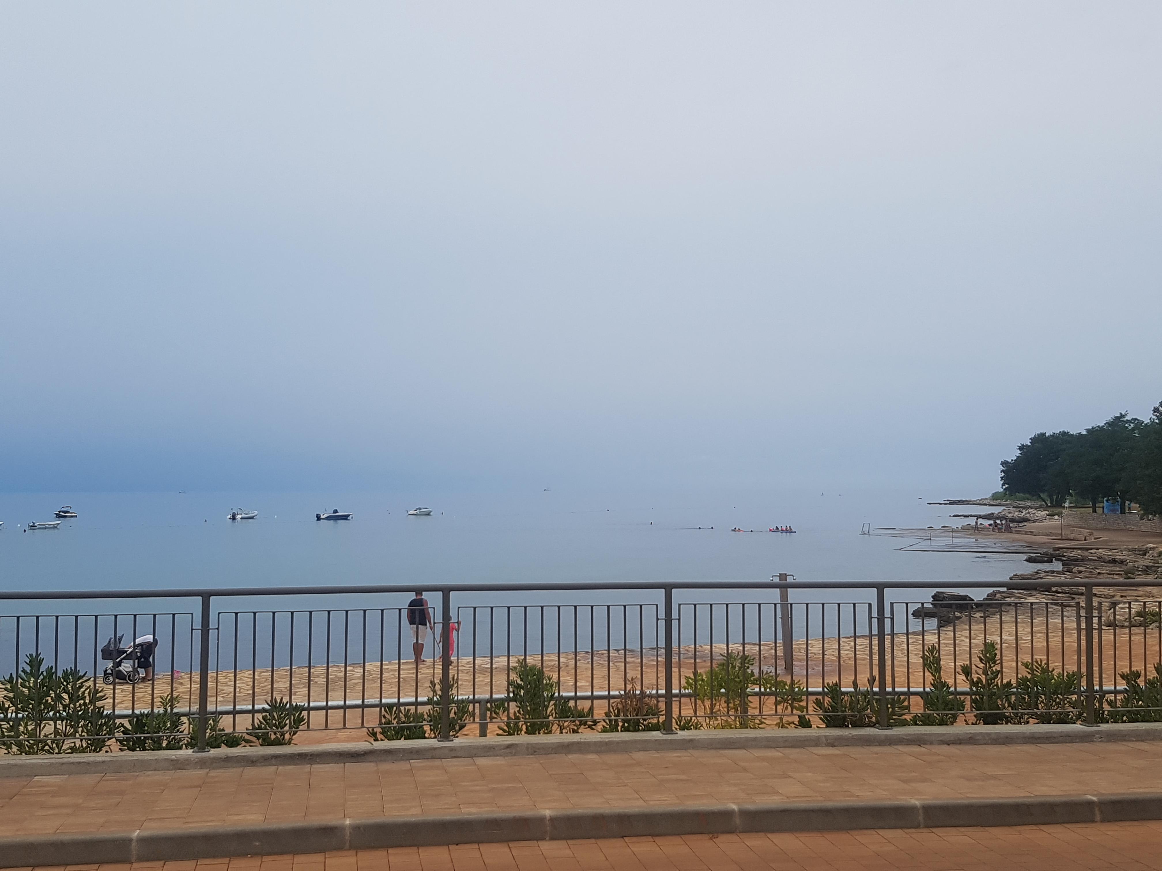 Хорватия.Море сливается с небом