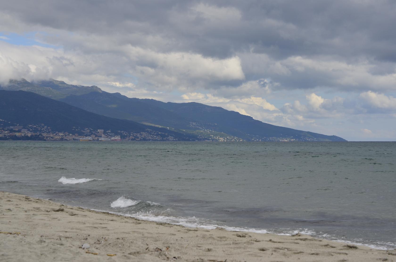 Северо-восточное побережье,не отличается от обычных пляжей