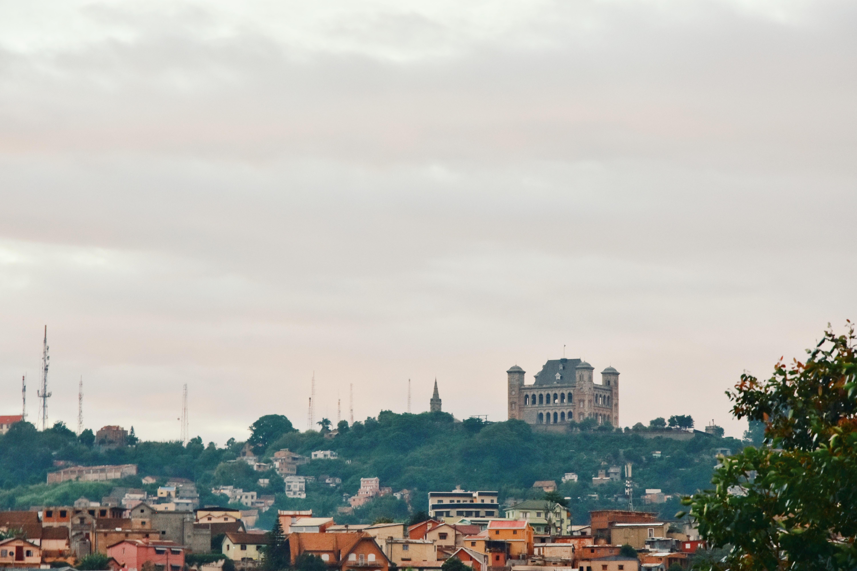 Наслаждайтесь современной жизнью в Антананариво