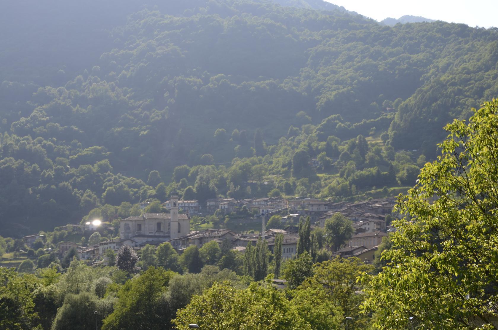 Оз.Идро,Италия,местная деревушка