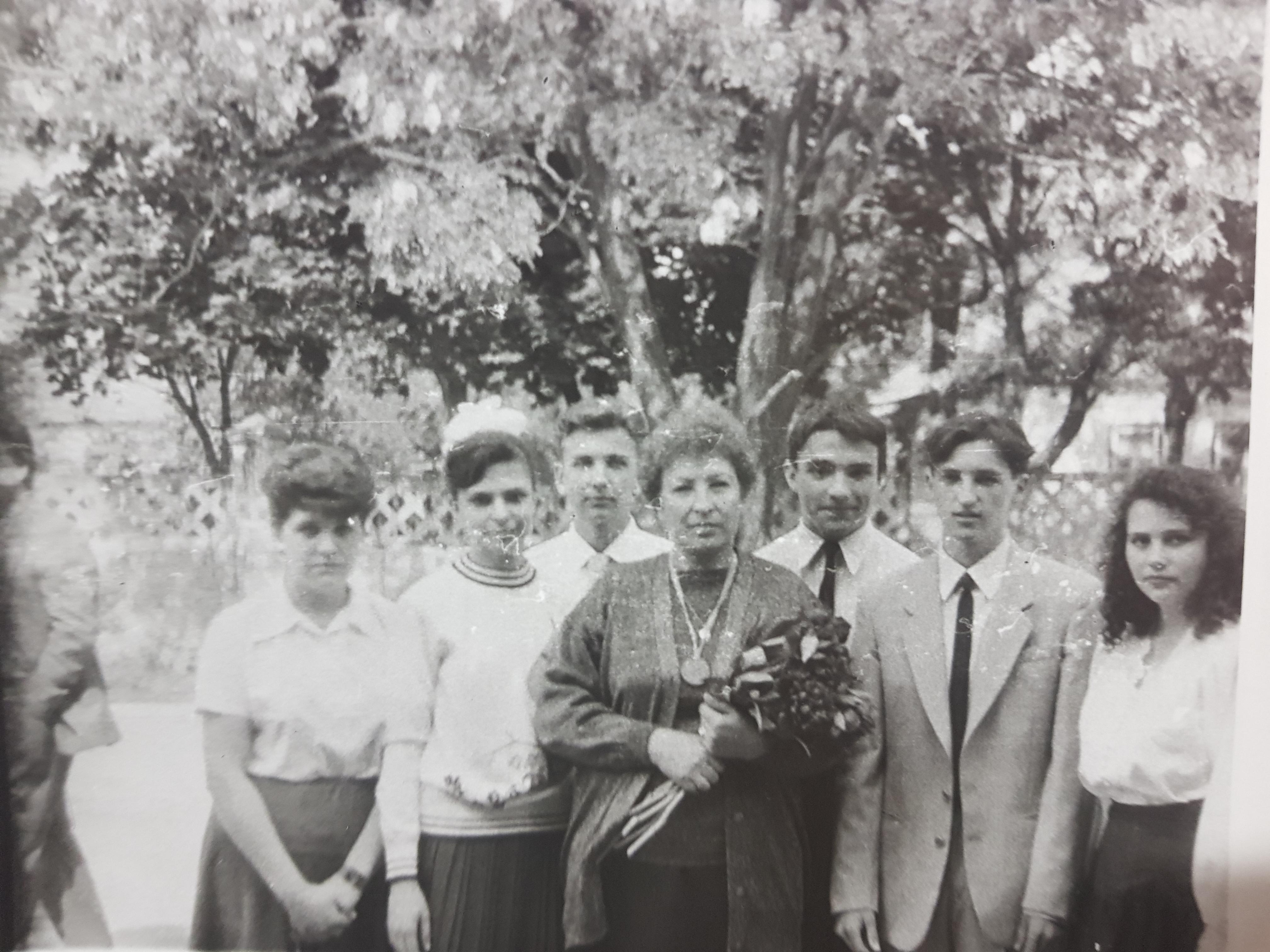 Воспоминания о школьном выпускном во 2-й железнодорожной школе г. Бендеры 1993 г