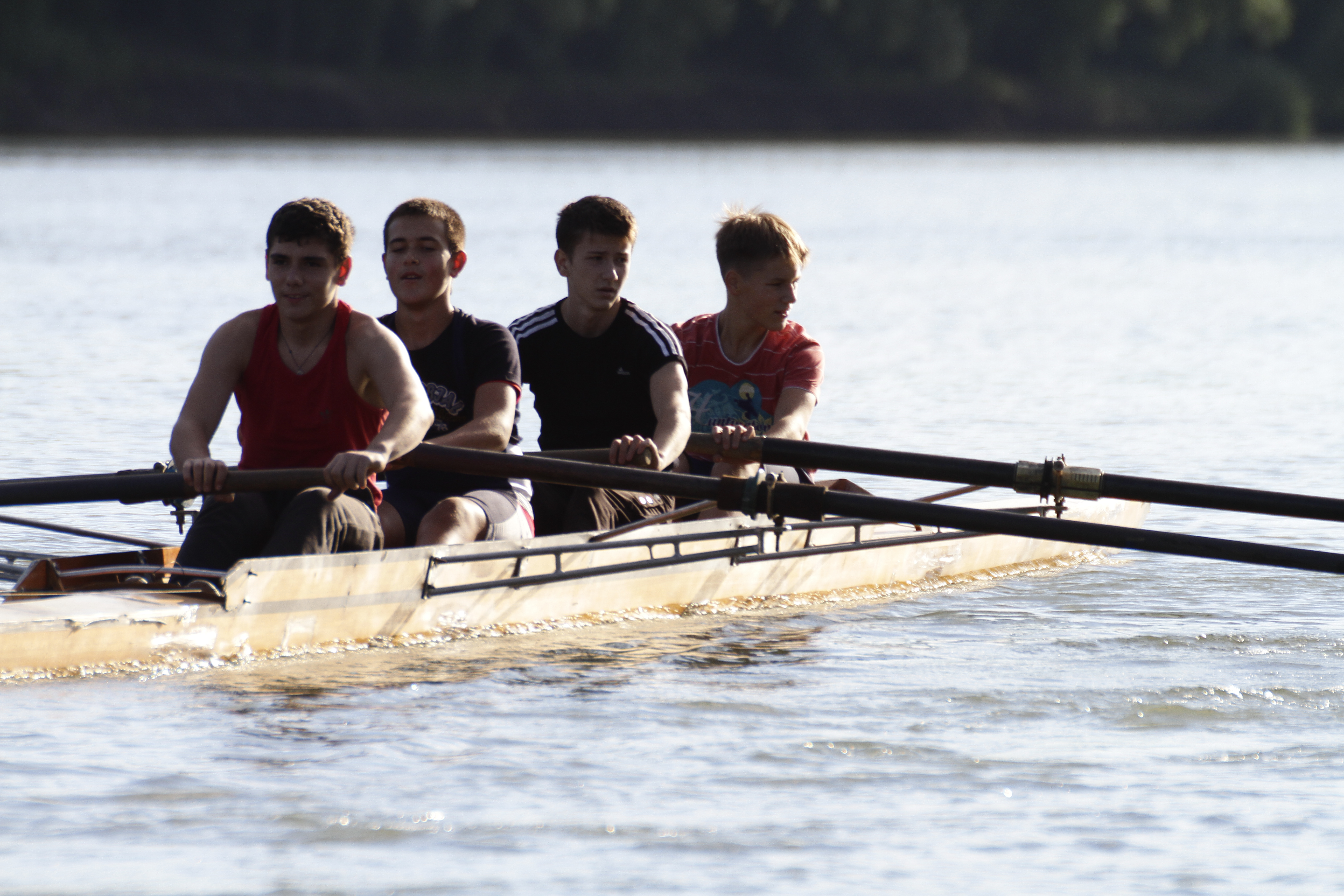 sevenpics presents - Rowing in Tiras